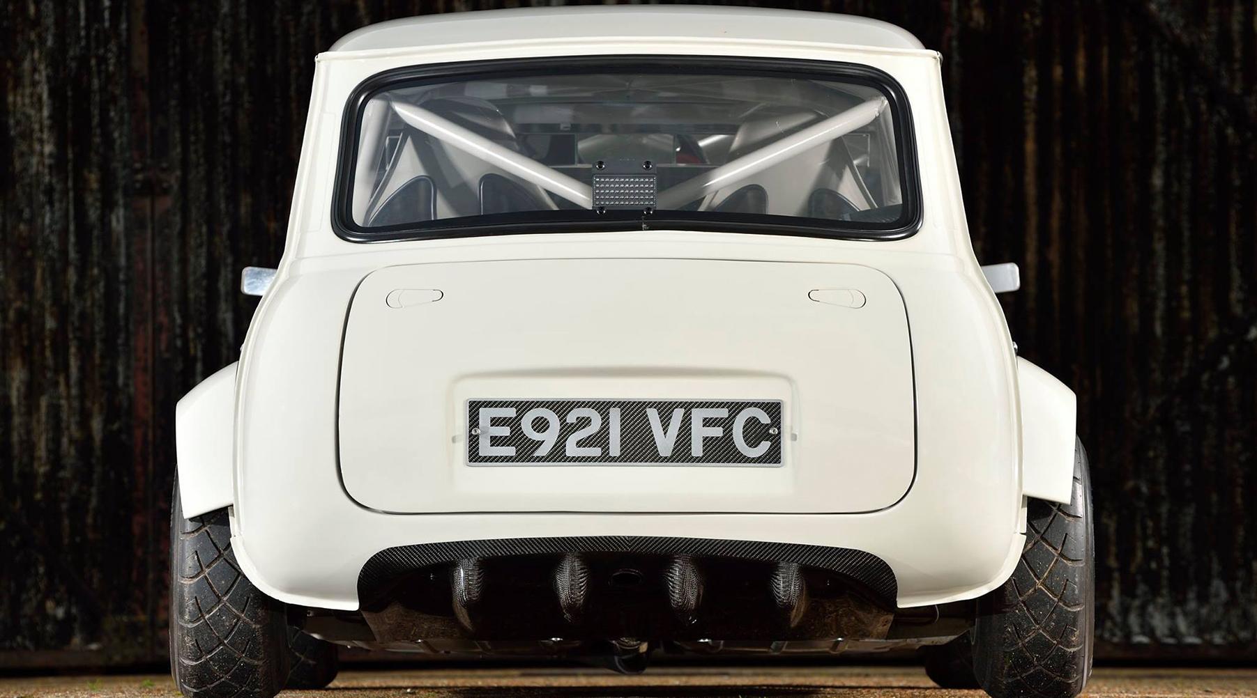 Alan Carruthers' Amazing bike engined mini